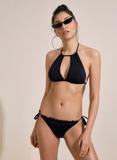 Morhipo Beach Dantel Detaylı Halter Yaka Bikini Siyah